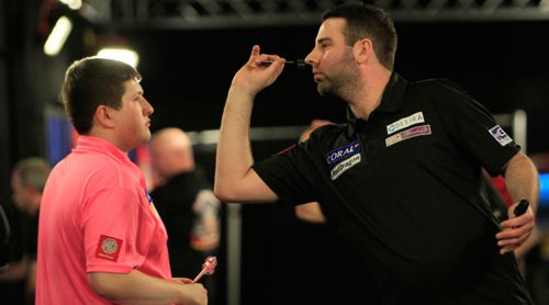 Nathan Derry besiegt Keegan Brown bei den UK Open 2015