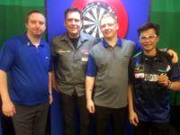Richard North, Maik Langendorf, Ritchie Edhouse und Ting Chi Roydem Lam