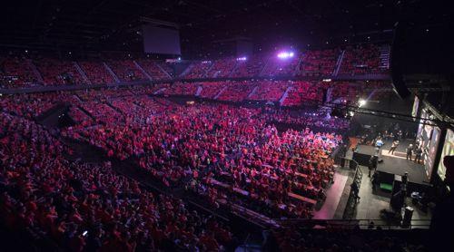 10000 Fans in der Ahoy Arena