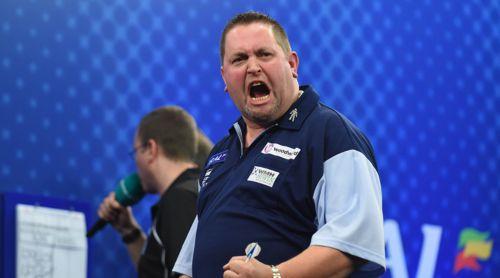 Alan Norris freut sich über den Einzug in das Viertelfinale der UK Open