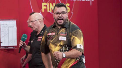 Cristo Reyes wirft den Weltmeister aus dem Turnier