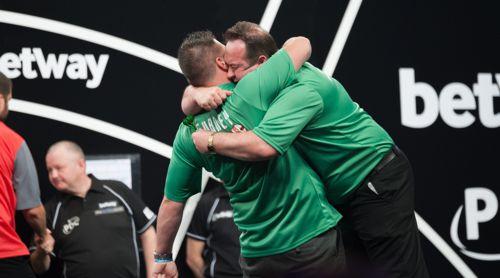 Daryl Gurney und Brendan Dolan sind Team Nordirland