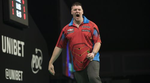 Daryl Gurney löste seine erste Aufgabe als Titelverteidiger mit Bravour