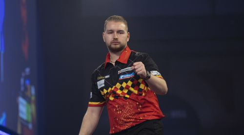 Dimitri Van den Bergh mit Siegerfaust