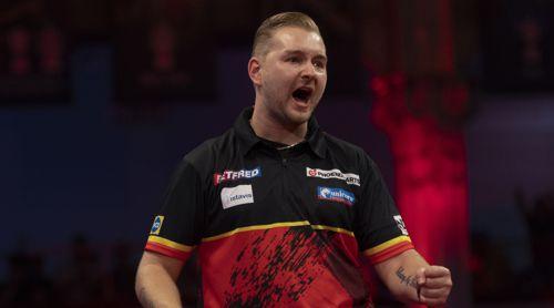 Dimitri Van den Bergh freut sich über seinen Sieg
