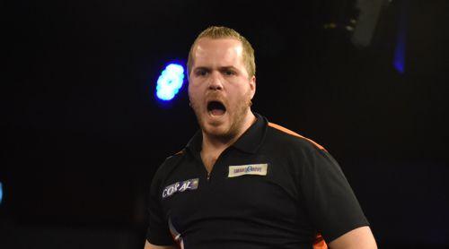Dirk van Duijvenbode zieht in die vierte Runde der UK Open 2018 ein
