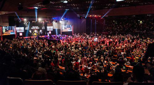 3000 Dartfans in der Saarlandhalle