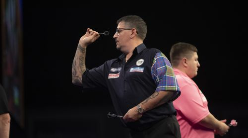 Gary Anderson und Keegan Brown