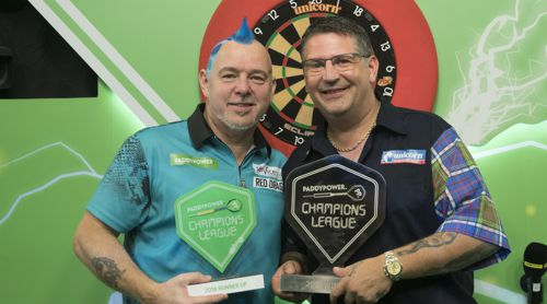 Gary Anderson besiegte Peter Wright im Finale der Champions League