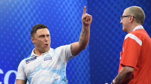 Gerwyn Price besiegt Paul Hogan bei den UK Open