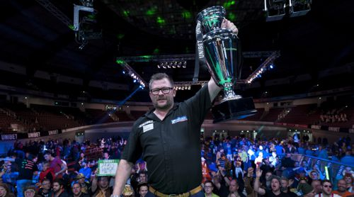 James Wade holt die EM-Trophy