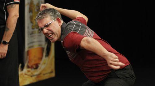 Jeff Smith freut sich riesig über den Einzug in das Achtelfinale des Grand Slam of Darts