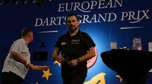 Jonny Clayton beim European Darts Grand Prix 2015