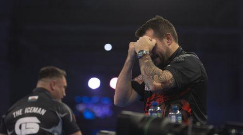Jonny Clayton weint vor Freude