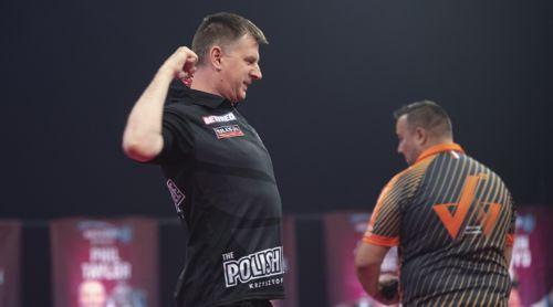 Krzysztof Ratajski freut sich über seine starke Leistung