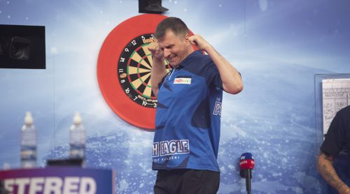 Krzysztof Ratajski zieht in das Viertelfinale des World Matchplay ein