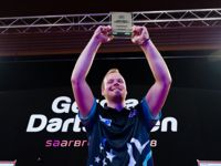 Max Hopp besiegte Michael Smith im Finale der German Darts Open 2018