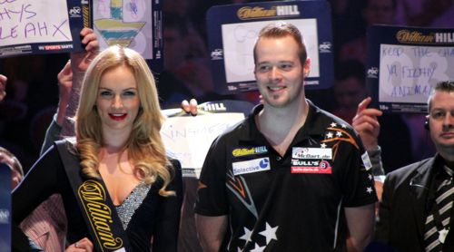 Max Hopp Walk on bei der PDC Darts WM