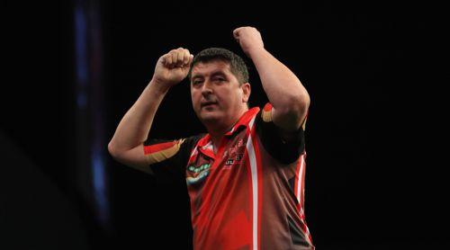 Mensur Suljovic drehte beim World Grand Prix einen Rückstand noch zum Sieg