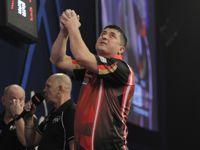 Mensur Suljovic gewinnt in Sindelfingen seine Auftaktpartie