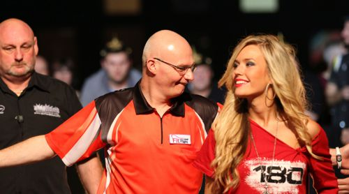 Mickey Mansell bei der European Darts Trophy in Leipzig 2014