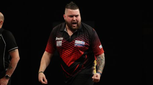 Michael Smith zieht mit Vollbart in das Achtelfinale des Grand Slam of Darts ein