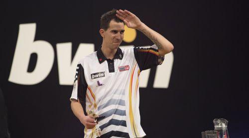 Dimitri Van den Michael Unterbuchner wirft James Wade aus dem Grand Slam