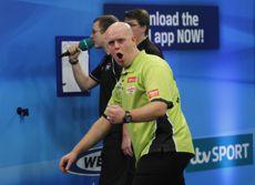 Michael van Gerwen zieht in das Halbfinale der UK Open ein