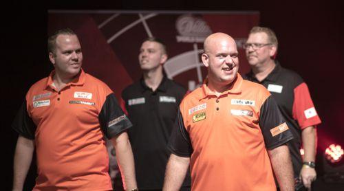 Michael van Gerwen erstmals mit Dirk van Duijvenbode