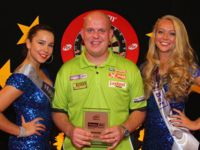 Michael van Gerwen besiegte Rob Cross im Finale des German Darts Grand Prix