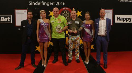 Michael van Gerwen gewinnt den European Darts Grand Prix 2016
