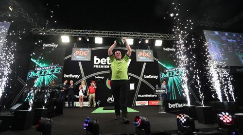 Michael van Gerwen besiegte Peter Wright im Finale der Premier League Darts mit 11:10 und gewinnt damit diesen wichtigen Titel zum insgesamt dritten Mal