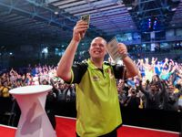 Michael van Gerwen besiegte James Wade im Finale des European Darts Grand Prix