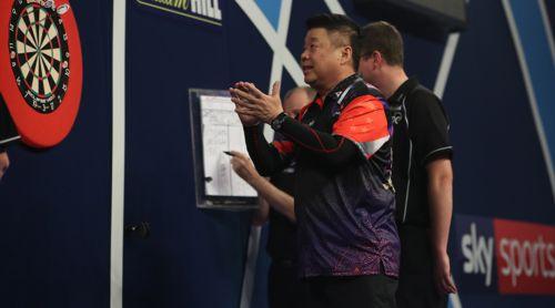 Paul Lim verpasste knapp den 9-Darter auf der Doppel 12