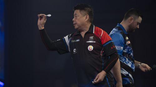 Paul Lim wirft Luke Humphries aus der WM