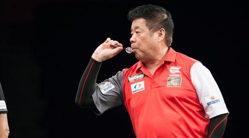 Paul Lim geht bei der Team Dart WM für Singapur an den Start