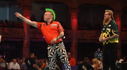 Peter Wright mit der perfekten Darts-Hose