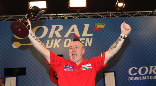 Peter Wright gewinnt im dritten Anlauf die UK Open und damit sein erstes PDC Major-Turnier überhaupt