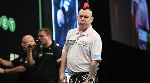 Peter Wright ist enttäuscht über seine Niederlage gegen Rob Cross