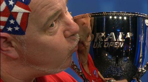 Peter Wright gewinnt mit den UK Open sein erstes Major-Turnier