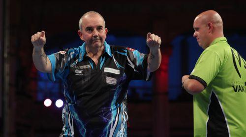 Phil Taylor besiegte Michael van Gerwen im Viertelfinale des World Matchplay mit 16:6