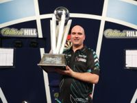 Rob Cross ist Darts Weltmeister