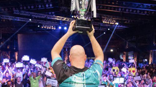 Rob Cross gewinnt die Darts-EM 2019
