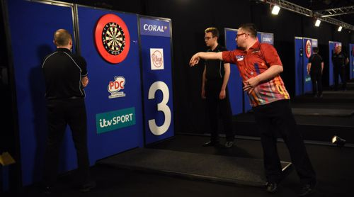 Robert Owen zog völlig überraschend in das Viertelfinale der UK Open ein