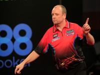 Ronny Huybrechts bei der Europameisterschaft der Professional Darts Corporation
