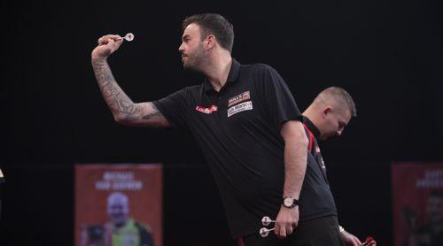 Ross Smith wirft Nathan Aspinall aus den Players Championship Finals