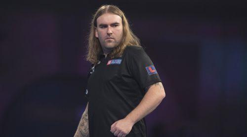 Ryan Searle wirft Mensur Suljovic aus dem Turnier