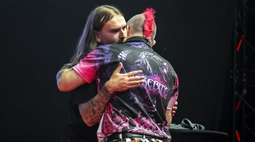 Ryan Searle und Peter Wright
