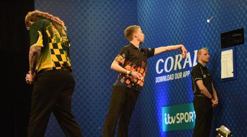 Simon Whitlock ließ Chris Quantock bei seinem UK Open-Debüt keine Chance