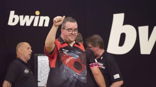 Stephen Bunting gewinnt drei Spiele in Folge